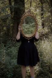mirror_1551284438